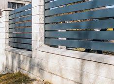 XCEL | Gotowe elementy betonowe na ogrodzenie - Xcel Gate Wall Design, Modern Fence Design, Multi Story Building, Gate Ideas, Wood, Madeira, Woodwind Instrument, Wood Planks, Trees