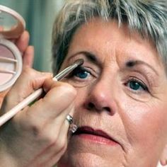 makeup tips for older women. Might help with my mom I can never get her make up right.