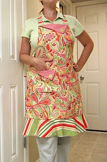 """my first attempt at making an apron (2009) McCall's #M5643 """"Posie's Kitchen"""""""