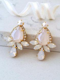 Ivory cream earrings,White opal earrings,Crystal Bridal earrings,Bridesmaid gift,Bridal jewelry,Blush earring,Swarovski earrings,statement