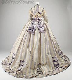 Worth day dress, 1867 (back view).