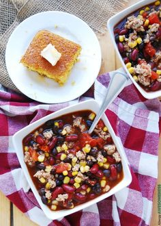 A hamburger-free taco soup that has a gluten-free, homemade taco seasoning that gives a sweet & spicy punch. This Allergy-friendly Taco Soup is Homemade Tacos, Homemade Taco Seasoning, Free Taco, Taco Soup, Ground Chicken, Chicken Chili, Sweet And Spicy, Soups And Stews, Gluten Free Recipes