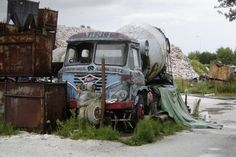 Cement Mixers, Rusty Cars, Abandoned Cars, Classic Trucks, Buses, Concrete, Scrap, Vans, Vehicles