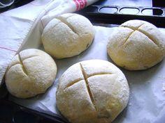 Hagymás cipók, a család szerint süssük itthon a pékárút, mert sokkal jobb! - Bidista.com - A TippLista! Lime, Menu, Recipes, Brot, Menu Board Design, Limes, Recipies, Ripped Recipes, Cooking Recipes
