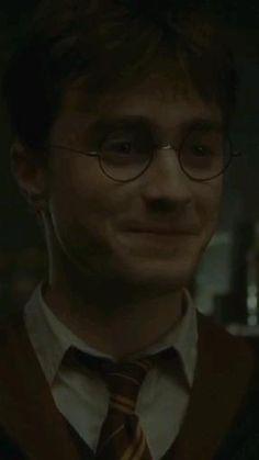 Harry Potter Curses, Harry Potter Cartoon, Harry Potter Ron Weasley, Harry Draco, Mundo Harry Potter, Harry Potter Feels, Harry Potter Images, Harry James Potter, Harry Potter Aesthetic