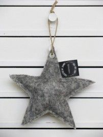 Voor stoere bengeltjes | Created by Jennie Star Ornament, Xmas Ornaments, Christmas Decorations, African Christmas, Creation Deco, Christmas Mood, Twinkle Twinkle Little Star, Halloween Season, Christmas Inspiration