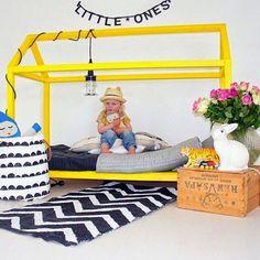 #Kidsroom #Yellow http://www.kidsdinge.com https://www.facebook.com/pages/kidsdingecom-Origineel-speelgoed-hebbedingen-voor-hippe-kids/160122710686387?sk=wall http://instagram.com/kidsdinge