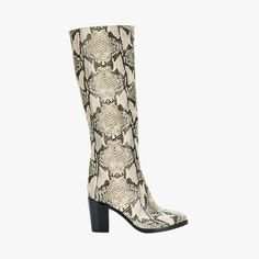 Emily Ratajkowski, Gigi Hadid, and Kendall Jenner all love the knee-high boot, shop 11 styles to add to your fall wardrobe. Over The Knee Boot Outfit, Knee High Boots, Emily Ratajkowski Kendall Jenner, Fall Wardrobe, Girls Shoes, Heeled Boots, Snake, Mango, Weird