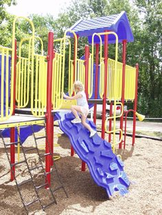 PS3-17267 Playground Equipment Model from DunRite Playgrounds http://www.dunriteplaygrounds.com