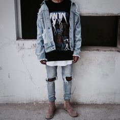 """4,551 Likes, 65 Comments - @homelessfits on Instagram: """"outfit by: @hvmzaxo please rate his style! just comment: 1 👎🏻 - 10 👍🏻…"""""""