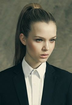 A slicked back ponytail can be a saving grace when greasy hair strikes! #ponytail #greasyhair #quickfix