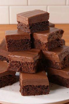 1 box brownie mix 1/2 c. sweetened condensed milk 1 3/4 c. milk chocolate chips 1/4 c. Baileys Irish Cream 1/2 tsp. vanilla extract Pinch salt - Just make the frosting as a fudge - I am gluten free