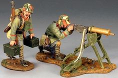 World War 1 German Army FW052 Machine Gun set - Made by King and Country Military Miniatures and Models. Factory made, hand assembled, painted and boxed in a padded decorative box. Excellent gift for the enthusiast.