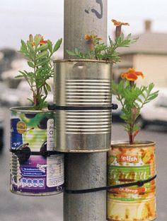 Een lantaarnpaaltuin - Inspiratie! Urban Gardening | ELLE Decoration NL