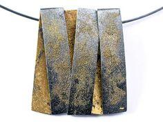 jewelry | Elaine Cox, Pendant, 2005