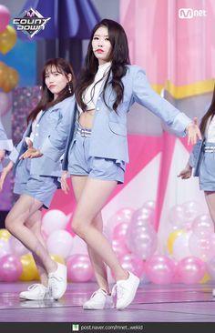 Kpop Girl Groups, Kpop Girls, Lovelyz Mijoo, Lee Soo, Stage Outfits, Oriental, Ballerina