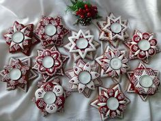 Advent, Ginger Bread, Christmas Wreaths, Candle Holders, Candles, Holiday Decor, Porta Velas, Candy, Candle Sticks