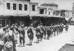 German soldiers towards the port of Heraklion