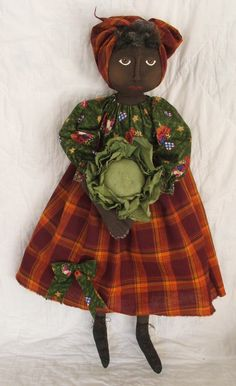 E pattern Primitive Black Nanny Doll Pattern by RaggedyRhondas