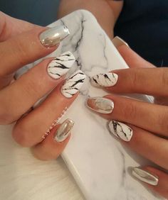 Fabulous Mirror Nail Designs That Will Glam Up Your Nails