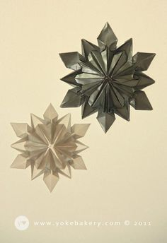 Origami Snowflakes Tutorial-would love to make a lot for as Christmas decoration.