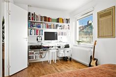 A dynamic three rooms apartment in Stockholm