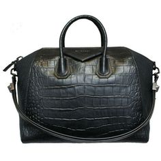 Givenchy Antigona Large (16.635 VEF) ❤ liked on Polyvore featuring bags, handbags, shoulder bags, givenchy, borse, bolsas, purses, women, hand bags and purse shoulder bag
