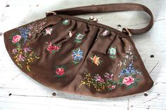 Vintage 1950's Purse // 40s 50s Hand Painted by TrueValueVintage