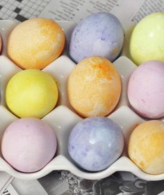 Dyed Easter eggs | Easy recipes for adding colors to your eggs the all-natural way.