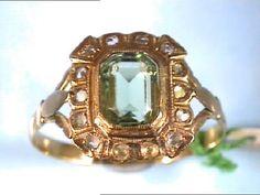 Año 1940. Bonita Sortija de señora Art d éco., en Oro de 18 Ktes., con Olivina. in Relojes y joyas, Vintage y joyería antigua | eBay