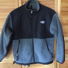 "The North Face fleece black/gray Youth junior L Size Junior large would fit a small woman. Chest flat from underarm to underarm is 20"" total length from top seam to hem 22"" arms are 19.5"". No holes or stains. I have dogs so there may be a few stray hairs bundles welcomed. No trades. North Face Jackets & Coats"