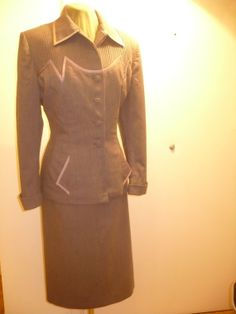 SUPER  LILLI ANN Suit  1940 1950 Jacket Fitted by FeverVintage, €339.00