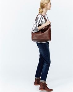 HAMPSTEADLeather Shoulder Bag