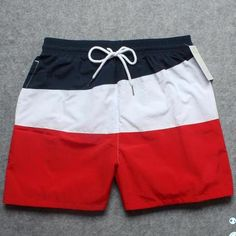 HOT Quick Dry Men Shorts Brand Summer Casual Clothing Geometric Shorts Men's Sea… – Fashion Trends 2020 Modadiaria 每日时尚趋势 2020 时尚 Only Shorts, Men Shorts, Casual Summer Outfits, Kids Outfits, Joggers Outfit, Surf Wear, Mens Boardshorts, Chor, Man Swimming