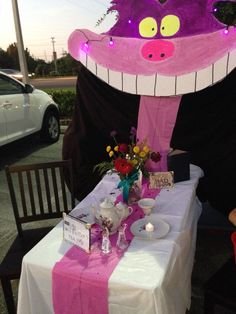 Trunk or treat: Alice in wonderland themed