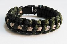 Survival paracord bracelet, thin line paracord bracelet, I have all type and pattern paracord bracelets, please visite this site to see all type of design and products,