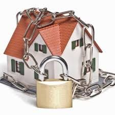 If you don't have a home security system, you may be totally uninformed of the alternatives that are offered to you. Even if you previously have home security system, you still may not be completely a. Home Security Companies, Alarm Companies, Home Security Tips, Home Security Systems, Security Solutions, House Security, Security Products, Security Alarm, Safety And Security