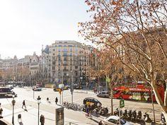 #PasseigdeGràcia in  #Autumn #AtipikaBarcelona #realestate #inmobiliaria #otoño #calle #street #building #edificio #casaBatlló #CasaAmetller #Gaudí Gaudi, Street View, Autumn, Building, Street, Buildings, Facades, Architecture, Fall