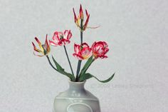 Make Tiny Detailed Tulips from Paper: Experiment and Create Your Favorite Colors and Types