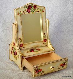 bibidekoracie / Nostalgické zrkadielko
