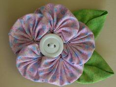 Polka Dot Pineapple: Swirly Icing Flower