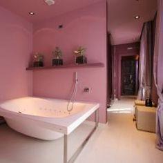 Vasca doppia #idromassaggio in #wellness #suite Laura. #Petrarca #love