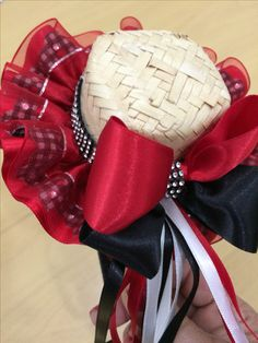 Diy And Crafts, Arts And Crafts, Country Dresses, Ribbon Art, Baby Sewing, 4th Of July Wreath, Hair Bows, Hair Clips, Fall Decor