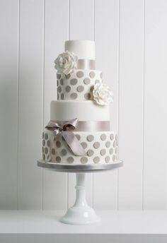 Polka Dots & Roses Cake