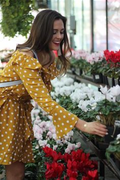 2019 Resolution: Stop & Smell the Roses + 2018 Reflections Merci Marie, Personality Tests, Fashion Advice, Reflection, Wrap Dress, Roses, Chic, Casual, Outfits
