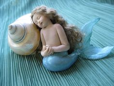 Isleen: OOAK polymer clay mermaid / fairy art doll by Vanessa Witschi