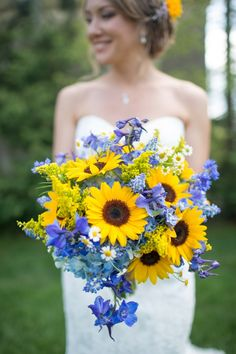 Southern Mansion A Garden Party Florist Alison Dunn Photography blue and yellow wedding sunflowers