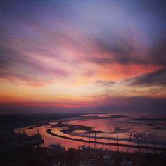 De mooie #Waddenzee is soms net een #schilderij. #brandaris #terschelling