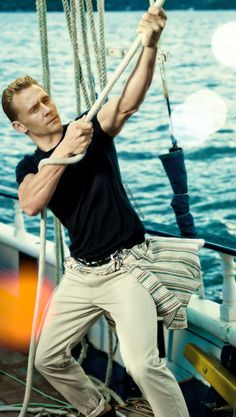 <3_<3 sailing with Hiddles
