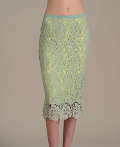 Gracia Lace Pencil Skirt